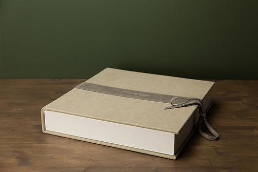 Luxe trouwalbum bij fotograaf Arkel, Gorinchem, Leerdam, Kedichem, Meerkerk, Vuren, Dalem, Noordeloos, Hoornaar, Hoogblokland, Giessenburg, Schelluinen