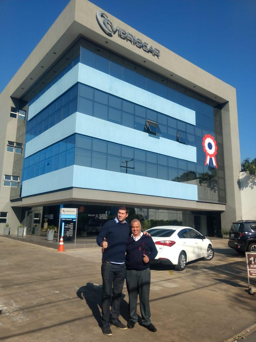 Rodrigo Calabro, da Vidriocar, e Nilton Batista, da Support Glass