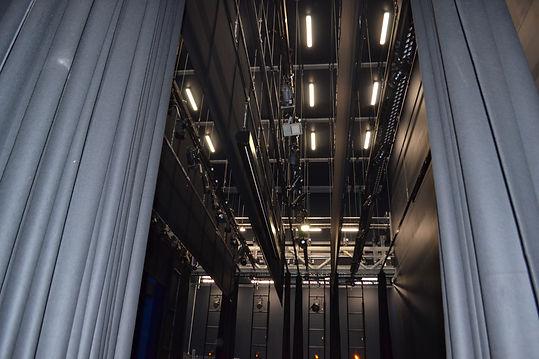 MENTONE-THEATRe LX Bars .jpg