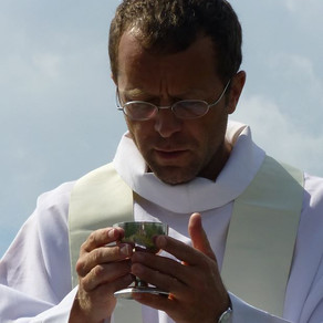 Prêtres...