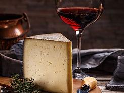 cabaz-natal-vinho-queijo.jpg