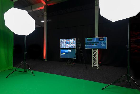 TEF - STUDIO 33 - Greenscreen Live