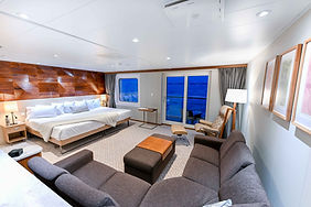 Bridge Deck Balcony Suite (21).jpg