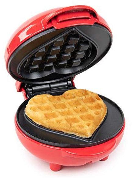 Mini Wafflera Corazón  Dash 4