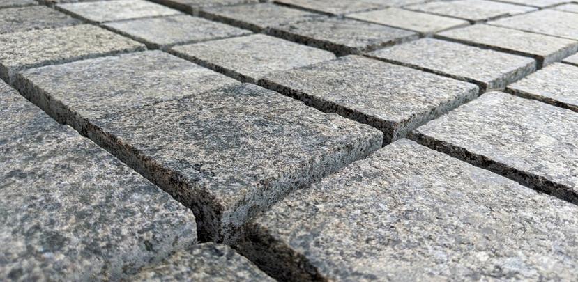 black-granite-cobbles-piedra_edited_edit