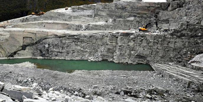 snasa quarry .jpg