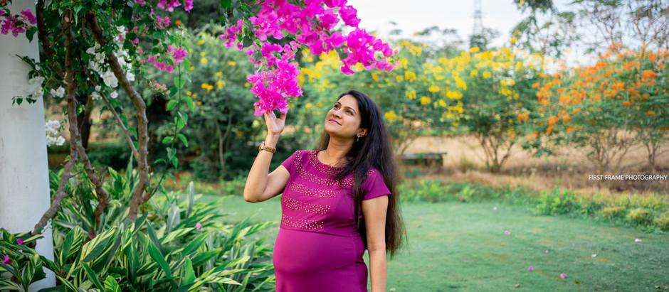 Sangeetha's  Maternity Shoot