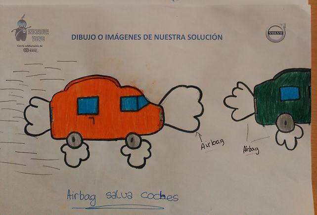 Dibujo del Colegio Obispo Perelló dónde se muestra una solucion del reto con airbags en la matícula del coche