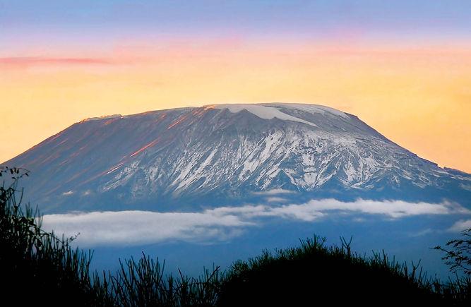 Sunrise-Mount-Kilimanjaro-Tanzania (1).j