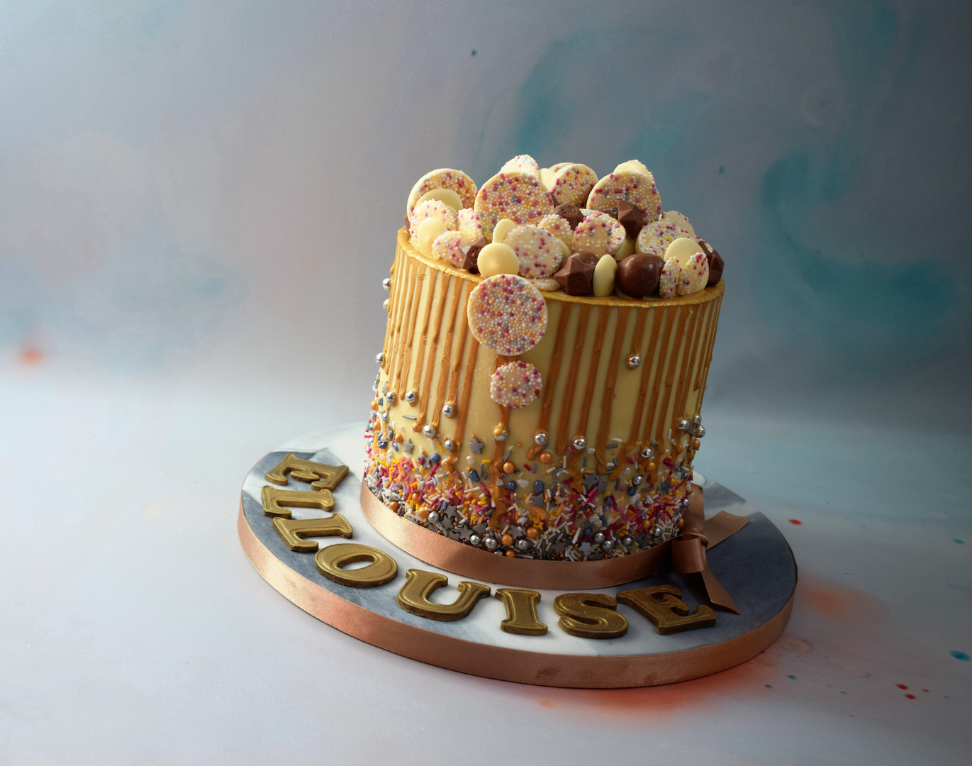 ELLOUISE DRIP CAKE (6).JPG
