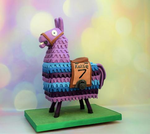 Fornite loot llama cake
