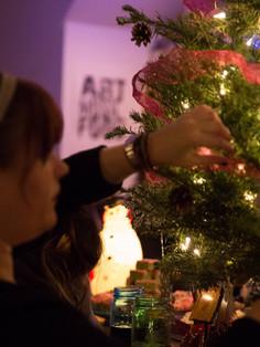 Sarah & a holiday tree