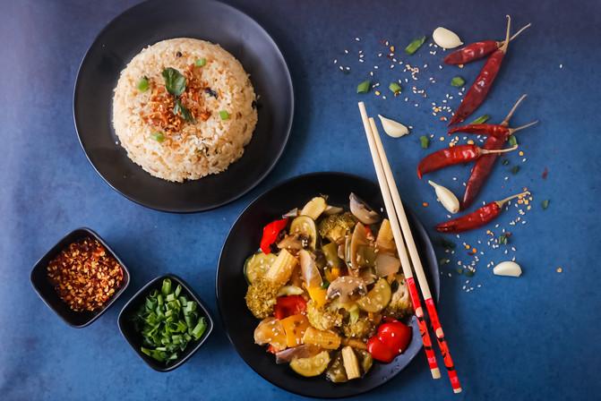 Chinese Mains & Burnt Garlic rice