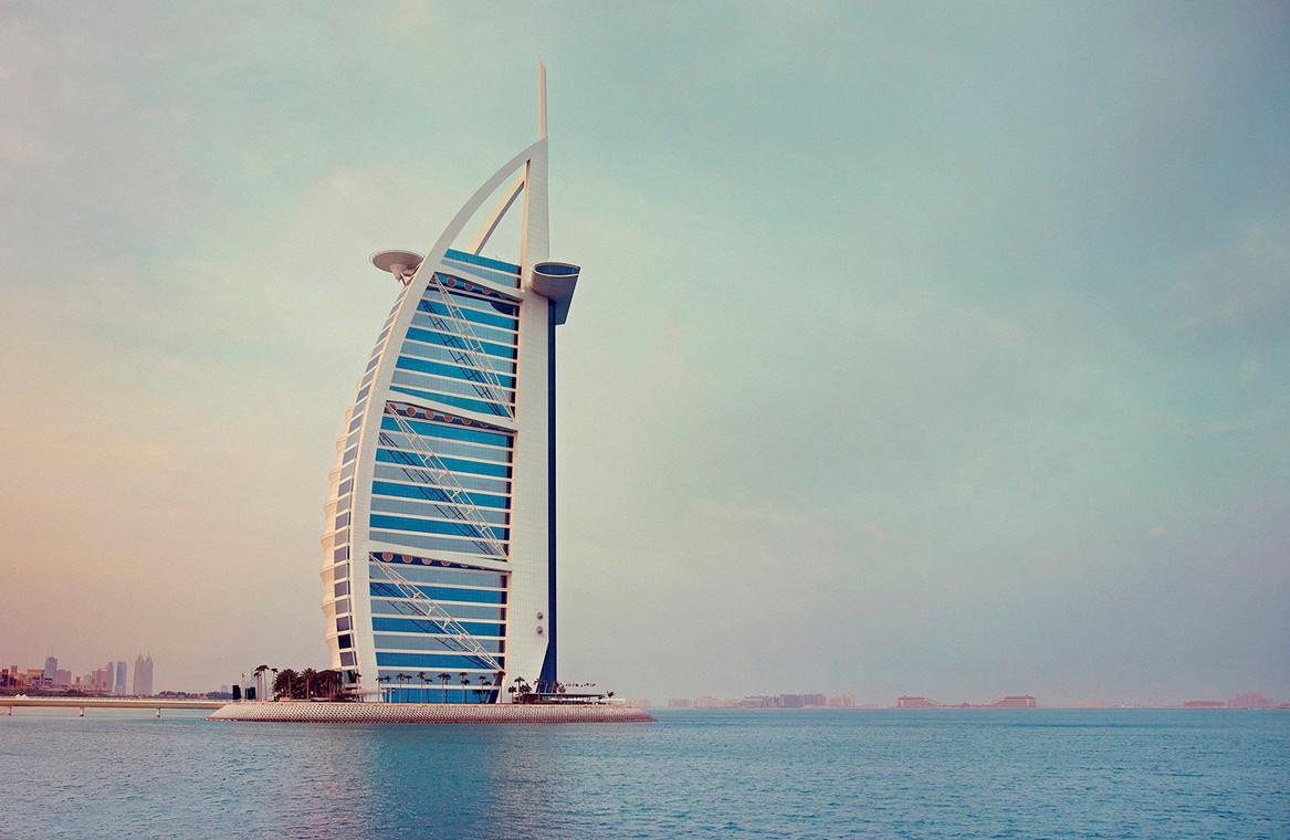 Burj Al Arab_3600 v1.jpg