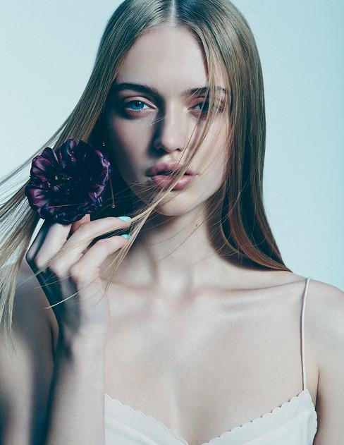 Floral Beauty_Sh 3_0888 v1.jpg
