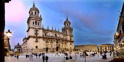 a_Catedral-y-Plaza-Santa-Mari-a