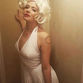 Marilyn Monroe celebrity look alike wih Me'lanie Talent in Portland, Oregon metro
