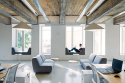 122 Modern Office Places