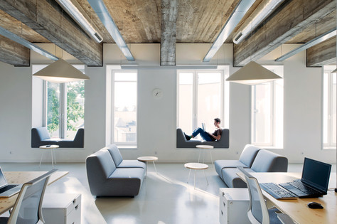 TOP 5 COWORKING SPACES