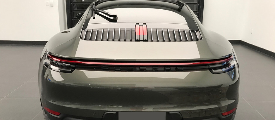 "2020 Porsche 911 (992) Taillight Removal & ""PORSCHE"" Plastic Trim"