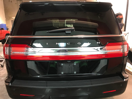 2018-Present Lincoln Navigator Taillight Removal