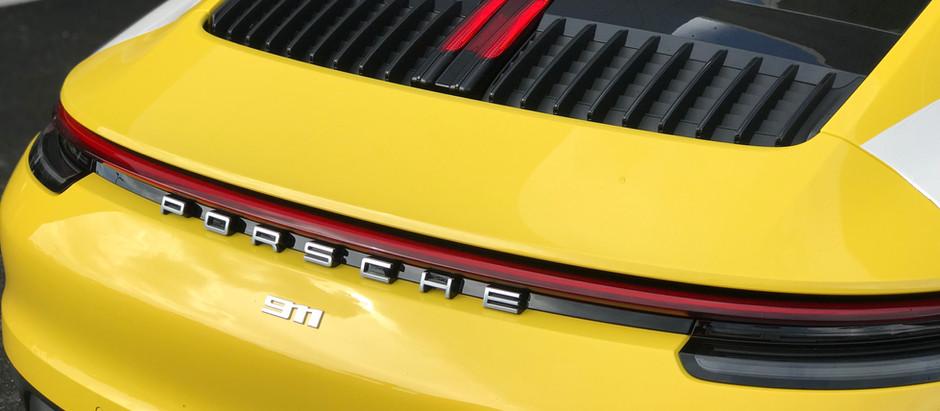 2020 Porsche 911 Carrera (992) Engine Cover Trim Removal