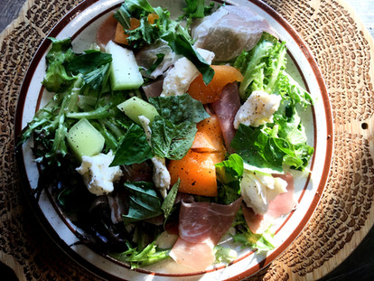 Summer Melon and Proscuitto Caprese Salad
