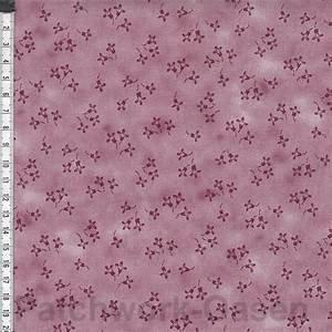 Quilter's Coordinates - Mini Flowers Dusty Rose - 1/2 meter