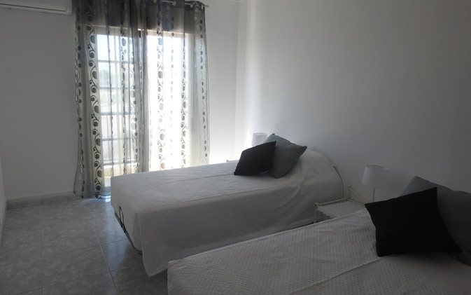 T2 Olhao-chambre2a.JPG
