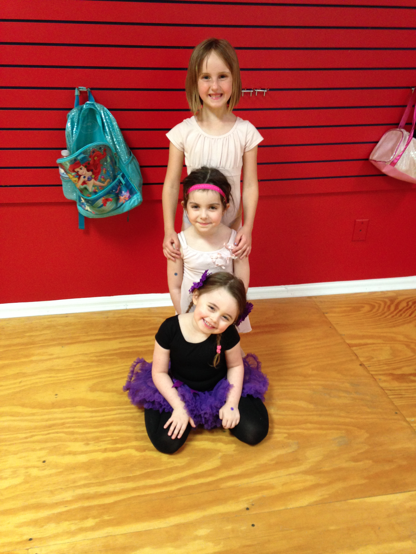 Some cuties in jazz/acro class!