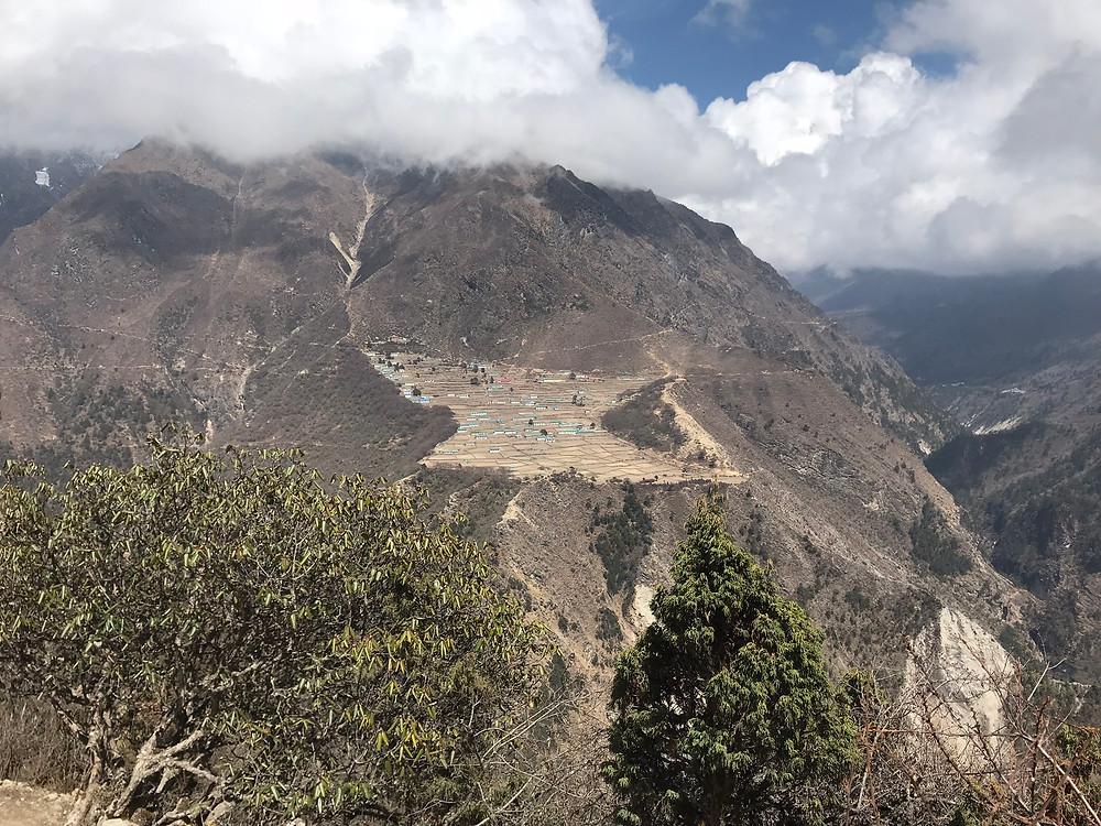 Phortse, vilarejo no vale do Khumbu, a caminho do Everest Base Camp