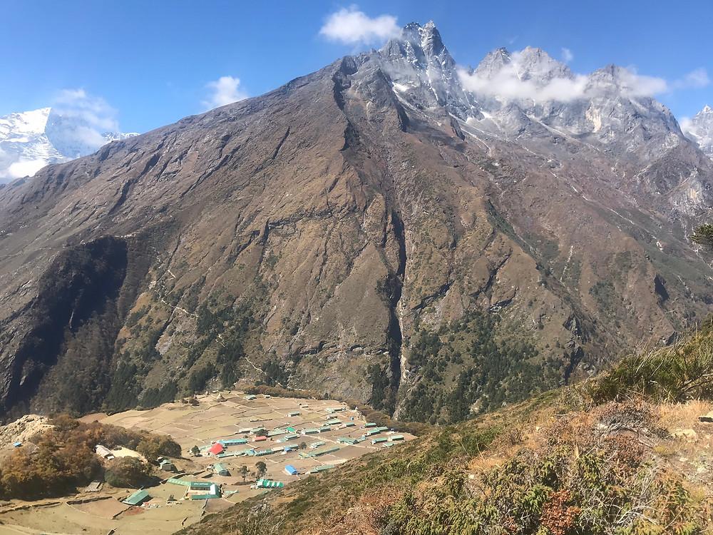 vilarejo de Phortse e Khumbila, a protetora do vale do Khumbu, acesso ao Camo Base do Everest