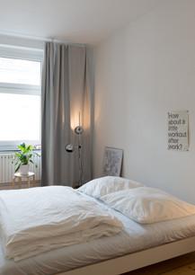 Ruhiges Schlafen in minimalistischen Räumen