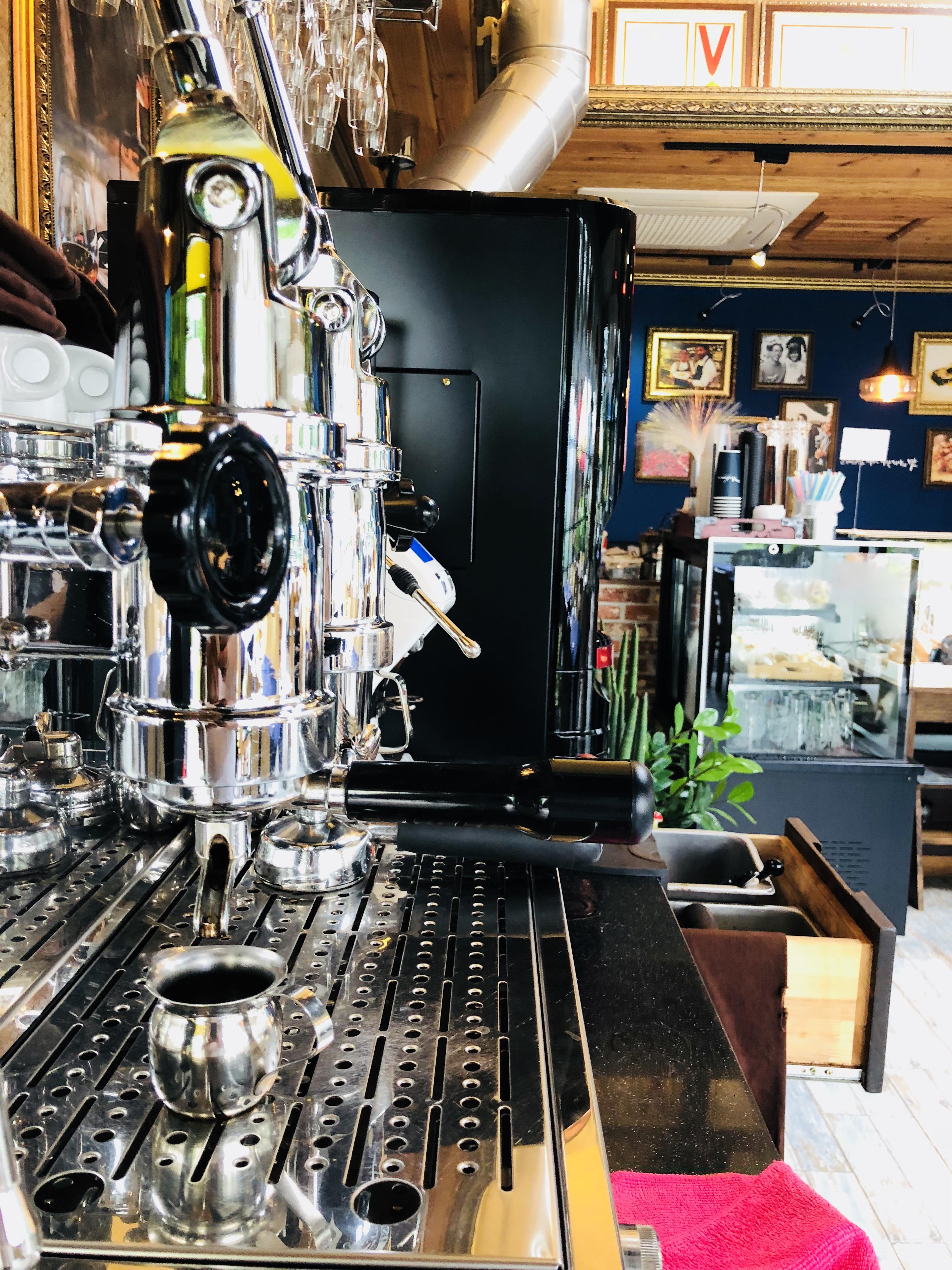 나폴리 정통 레버식 에스프레소 커피머신