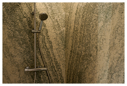 Douche en marbre d'Estour