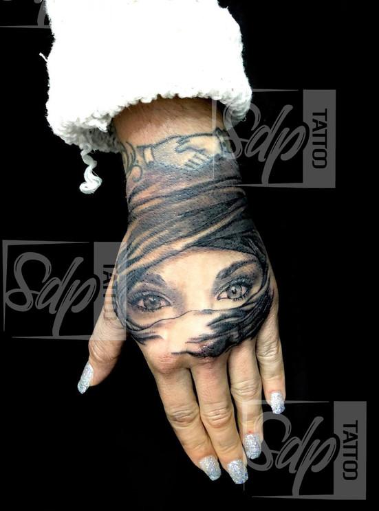 SDP Tattoo - Regard1-.jpg