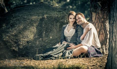 Outlander couple