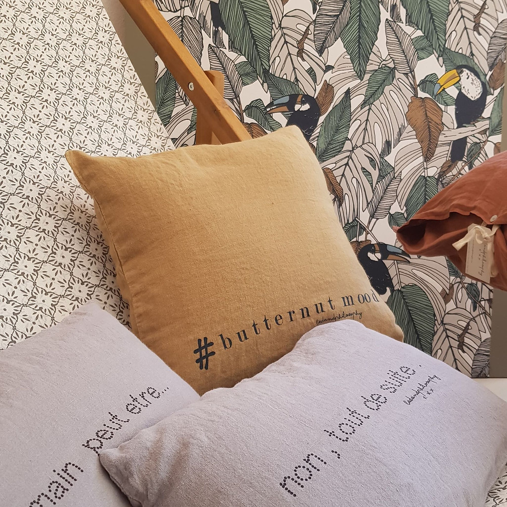 Alizarine Déco,  coussins, papier peint, bed and philosophy, toucan, casamance