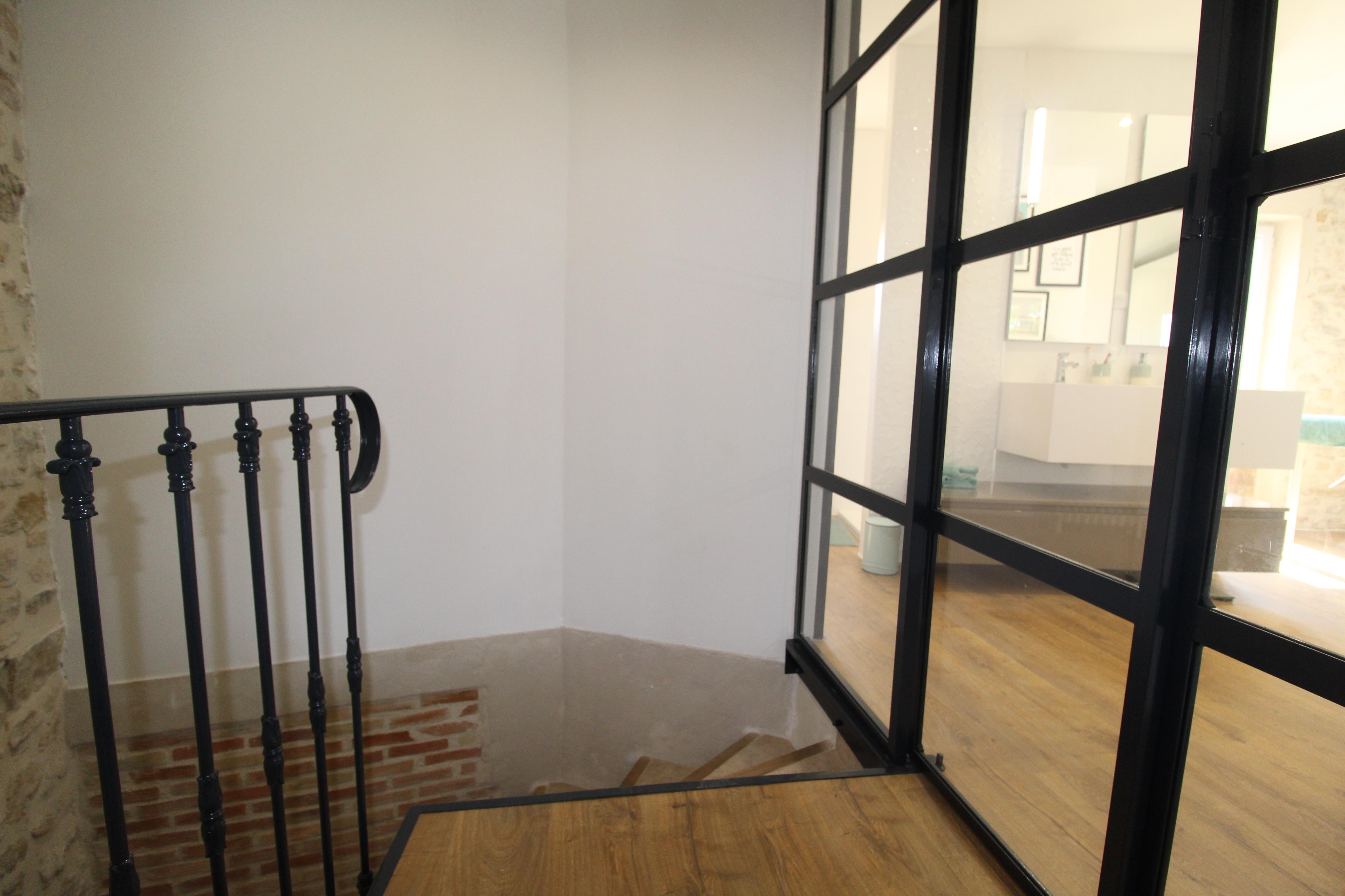 le palier et l'escalier