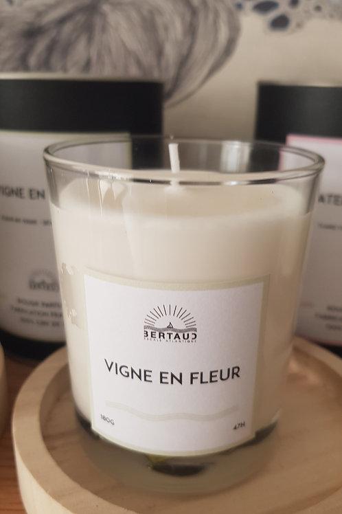 Bougies Parfumées Artisanales: Vigne en fleur, Ombre d'été ou Fleur d'hirondelle