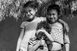 Crianças quilombola posando