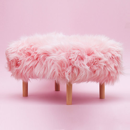 Schaffell-Hocker / Baby Pink / Small