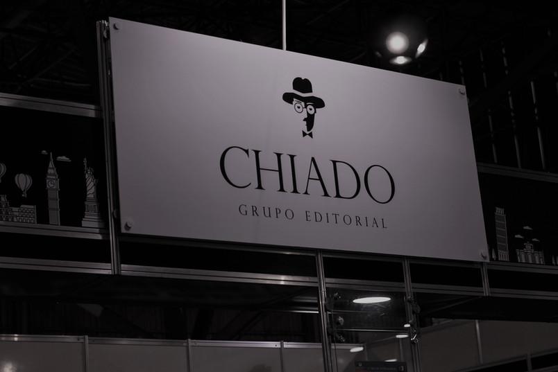 Logo fachada Chiado Bienal 2018.jpg