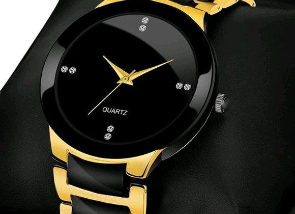 Analogue gold Dial basics wrist watch for men