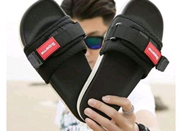 Relaxed Attractive Men Flip Flops Slipper