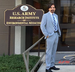 Dr. Kutner at the USARIEM Army Base giving the 2016 William B. Porter Memorial Lecture