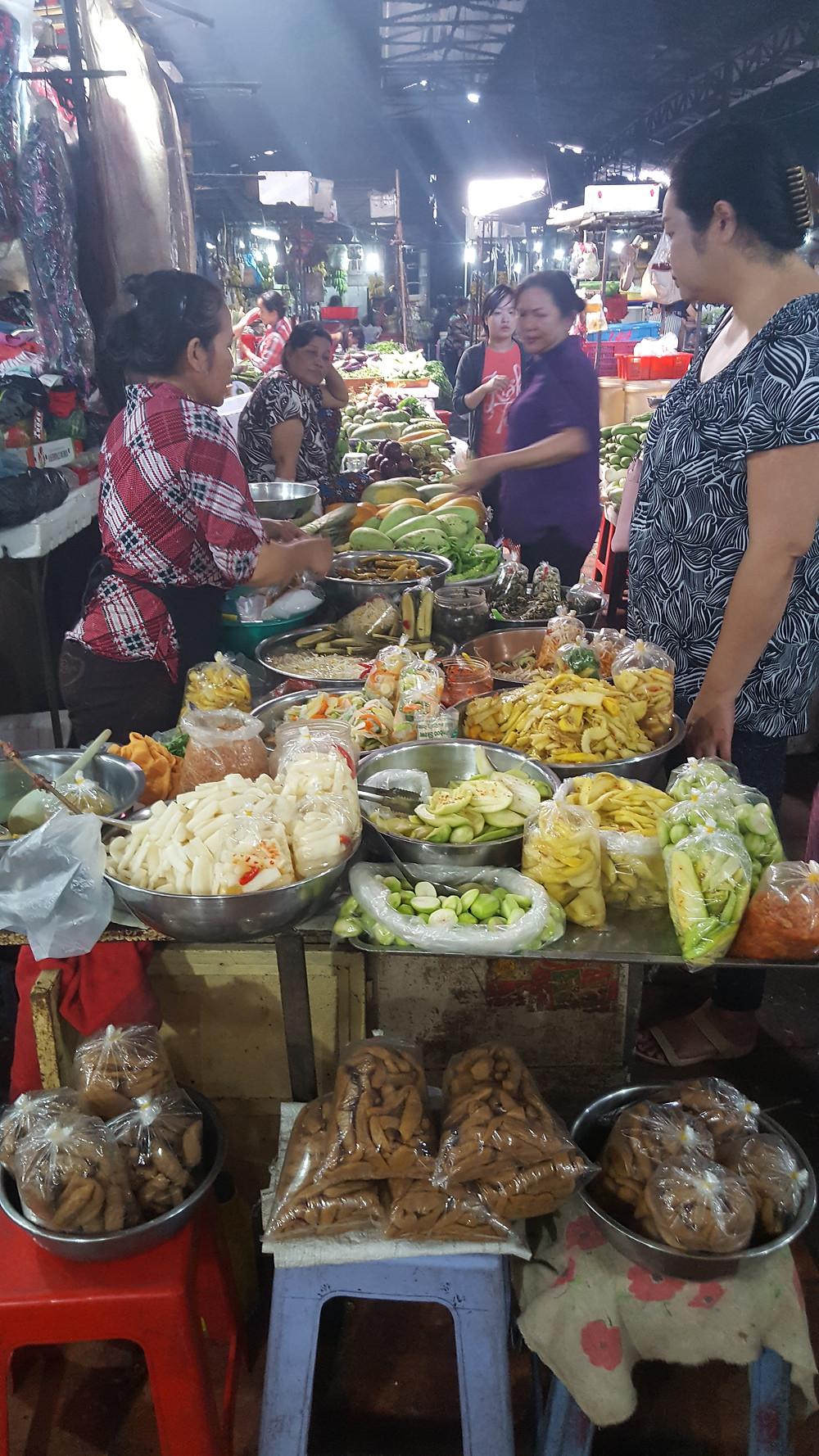 Eingelegtes Gemüse und Obst