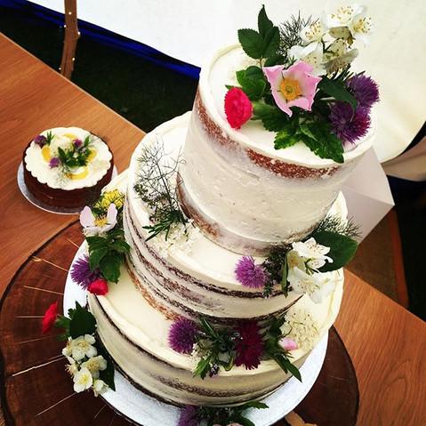 Semi naked floral cake