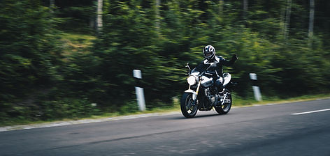 person%20riding%20on%20black%20motorcycles_edited.jpg