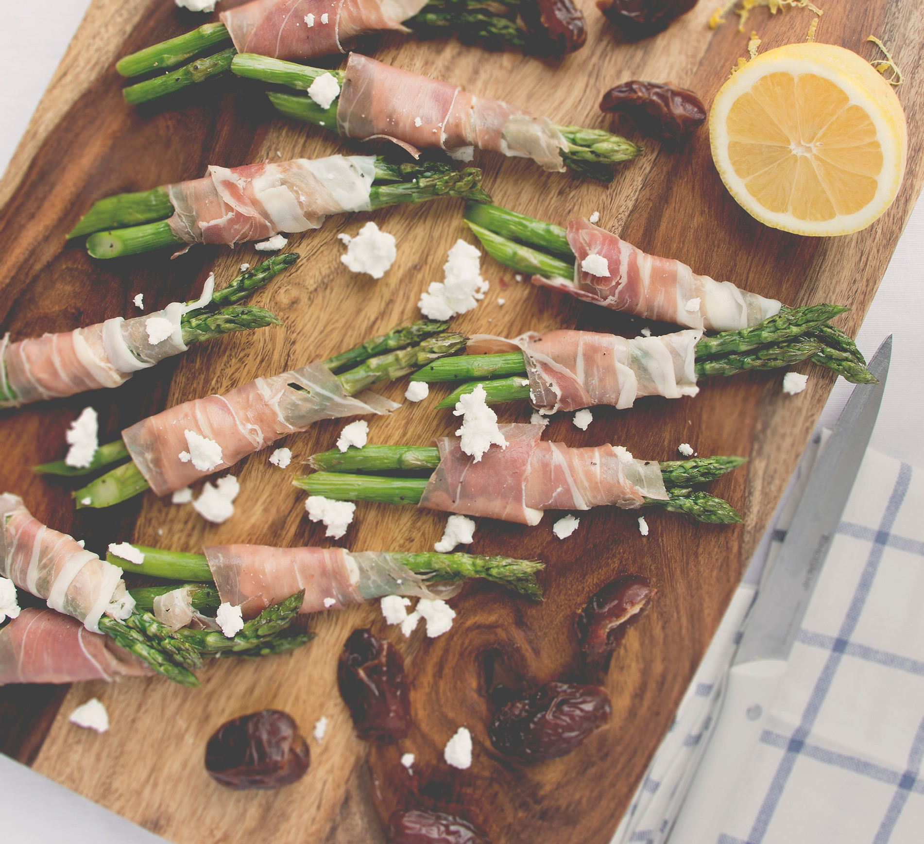 Blog Background Prosciutto Wrapped Asparagus